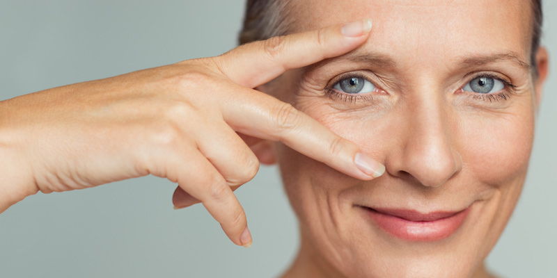 A woman whose skin anatomy demonstrates the anti-aging effects of collagen