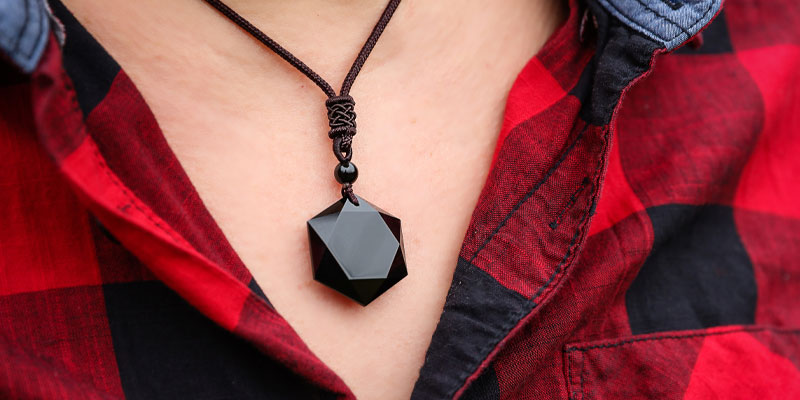 An Amulet Obsidian Pendant Necklace possibly in honour of one of the correspondences of Lilith.
